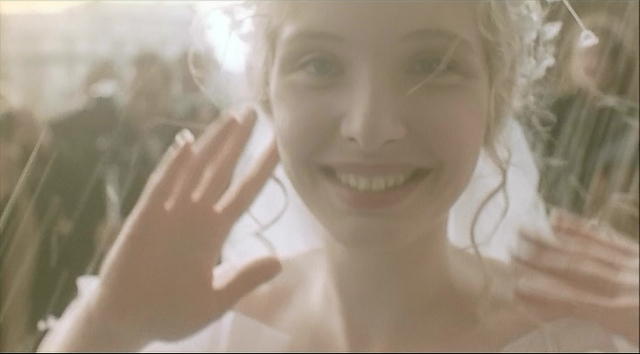 three-colors-white-julie-delpy