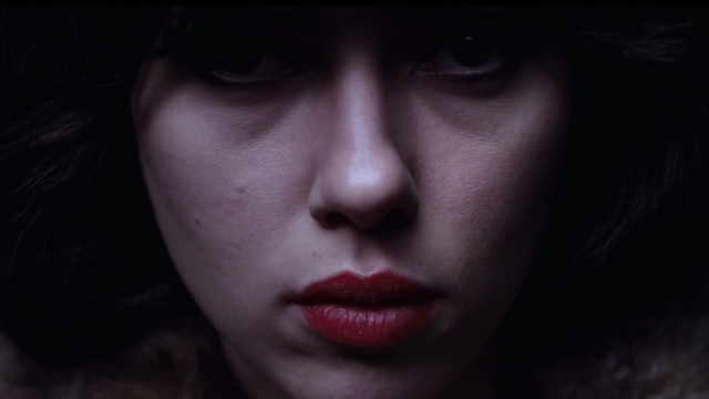 under-the-skin-trailer-scarlett