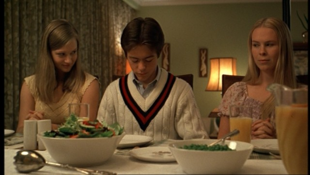 The-Virgin-Suicides-059