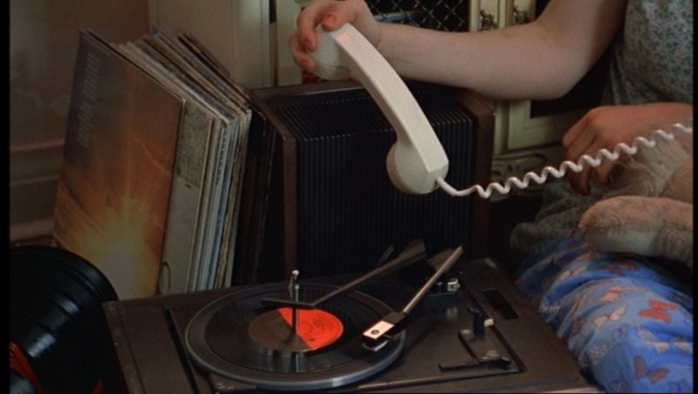 The-Virgin-Suicides-838