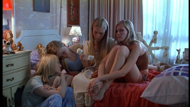 The-Virgin-Suicides-847
