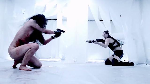 gun-woman2